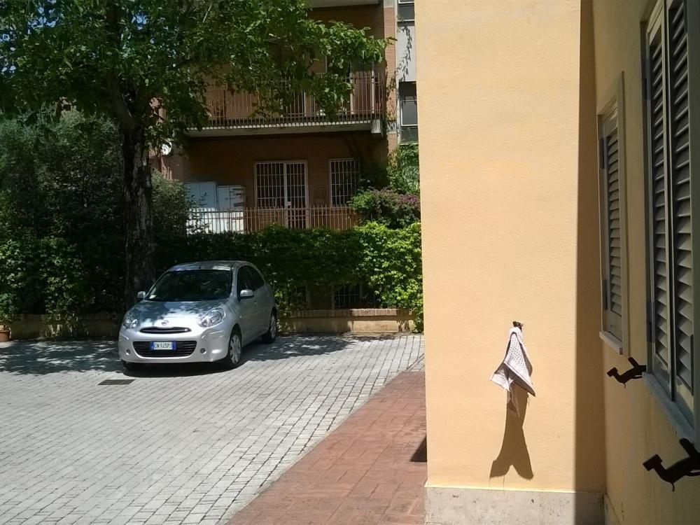 Ufficio in vendita a roma piramide ostiense rif 850 for Affitto ufficio roma ostiense