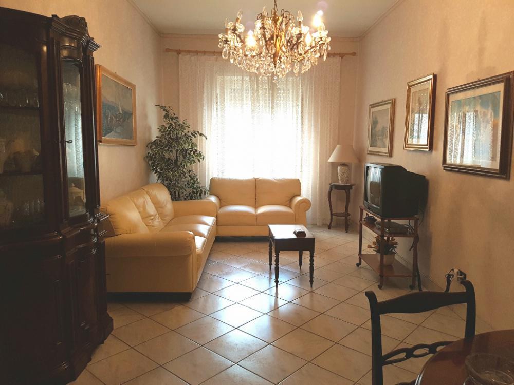 Appartamento in affitto a roma appio latino rif 943 for Occasione affitto roma