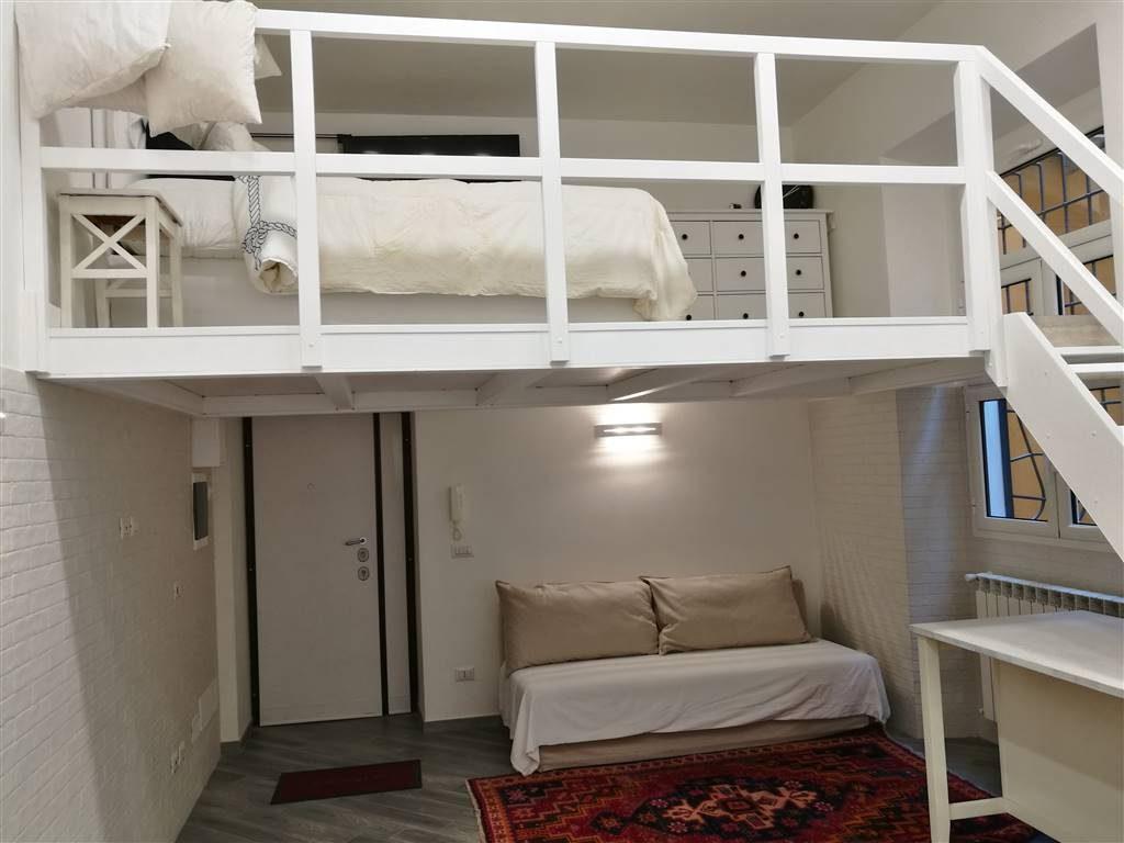 Appartamento in vendita a roma prati viale giuseppe for Piano seminterrato