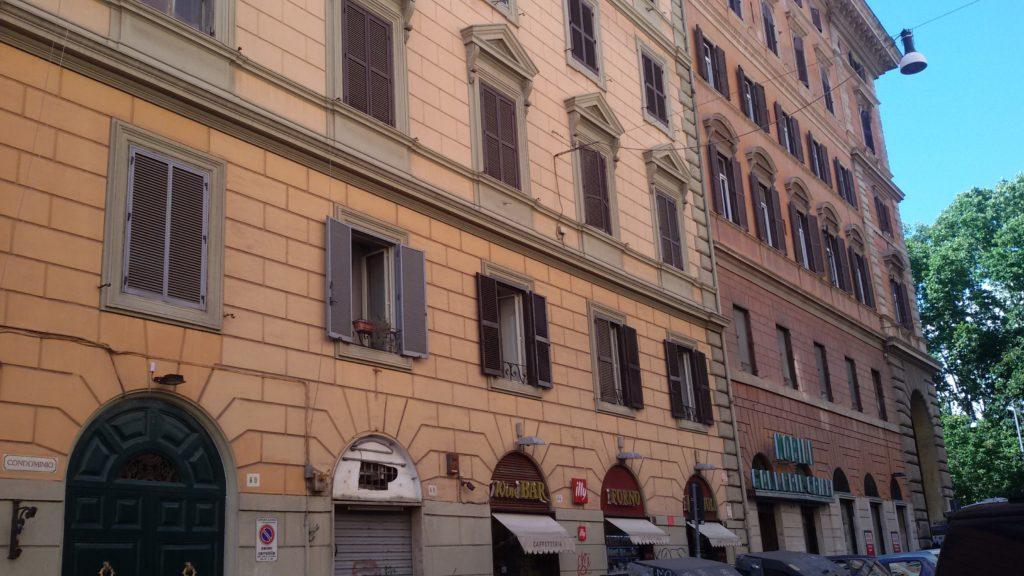 Appartamento in affitto a roma esquilino buonarroti for Affitto appartamento arredato roma