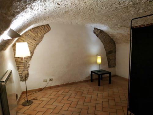 appartamento-affitto-roma-monti-609-seminterrato-capocci-1