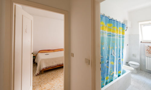 appartamento-affitto-roma-pineta-sacchetti-ad-gemelli-1162-corridoio