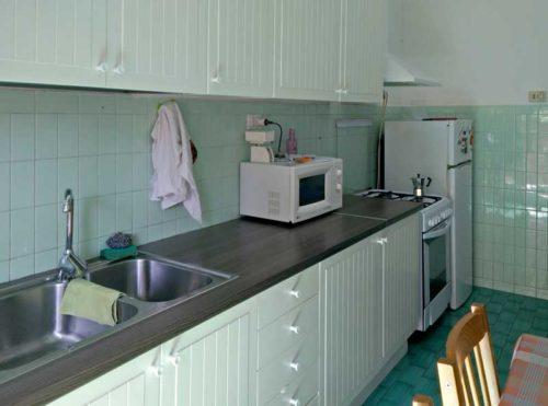 appartamento-affitto-roma-pineta-sacchetti-ad-gemelli-1162-cucina-2